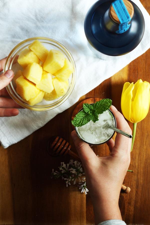 pineapple-coconut-mojito-recipe