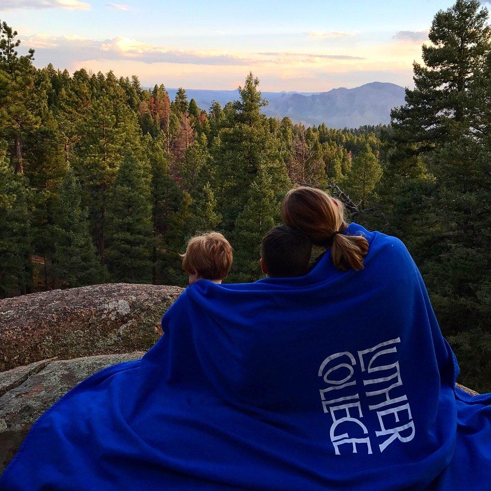 Ponderosa Pine | Set the Table