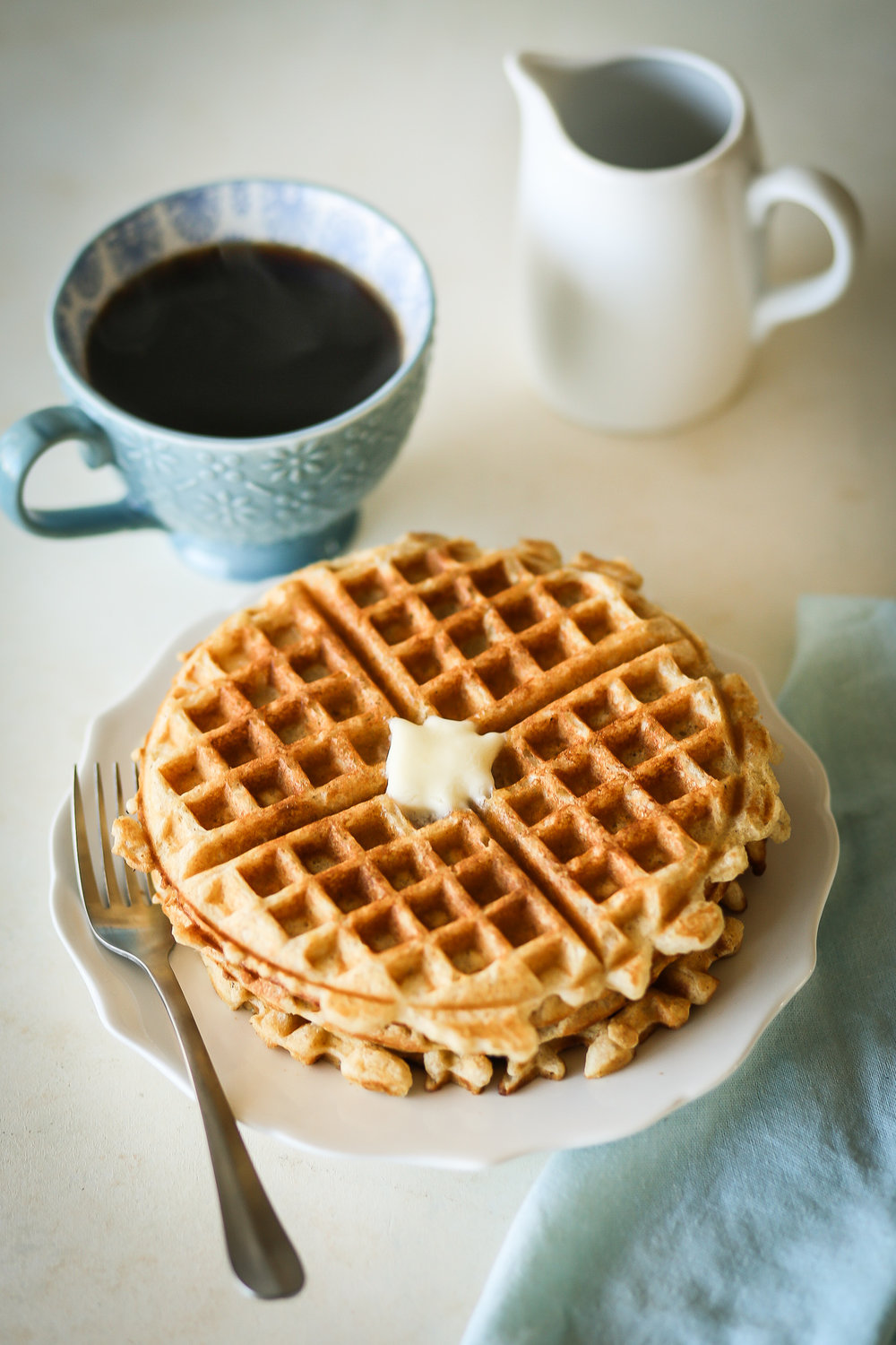Brown Butter Vanilla Waffles | Set the Table #waffles #breakfast #recipe #wafflerecipe #brownbutter #vanilla #brunch