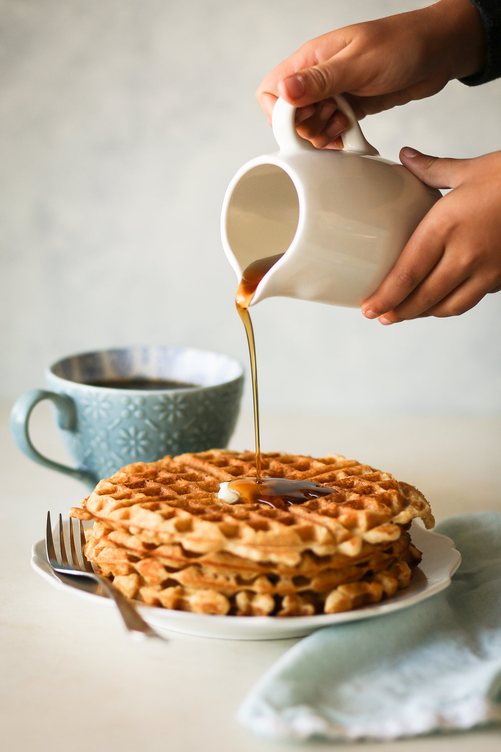 Brown Butter Vanilla Waffles | Set the Table #waffles #wafflerecipe #breakfast #brunch #brownbutter