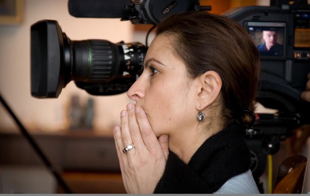 Michele Ohayon on set