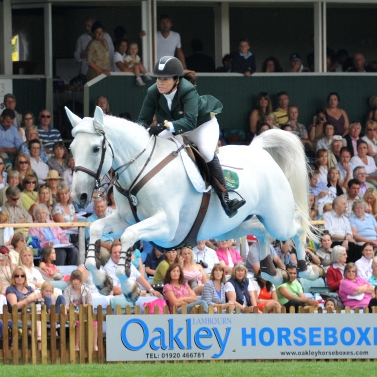 Yaya Hickstead water.jpg