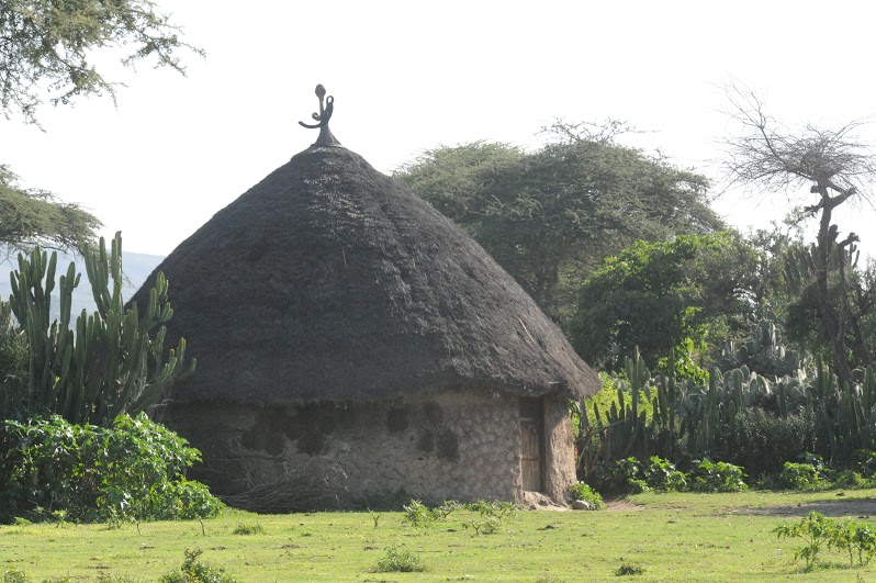 hut5.jpg