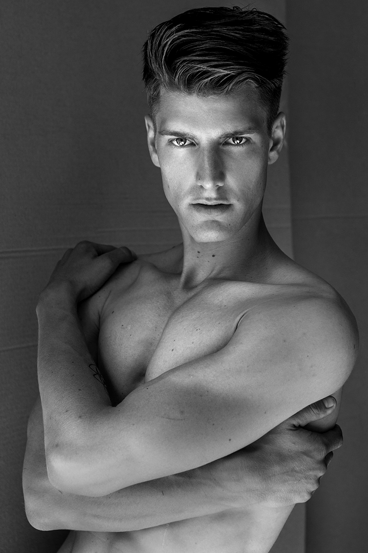 "HOMOTOGRAPHY ""JULIAN"""