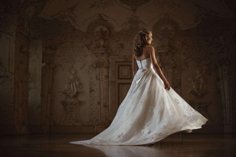 Fairytale Wedding in Schlosshof | Slovak Wedding | Emeris Photography | Munich Wedding Photographer