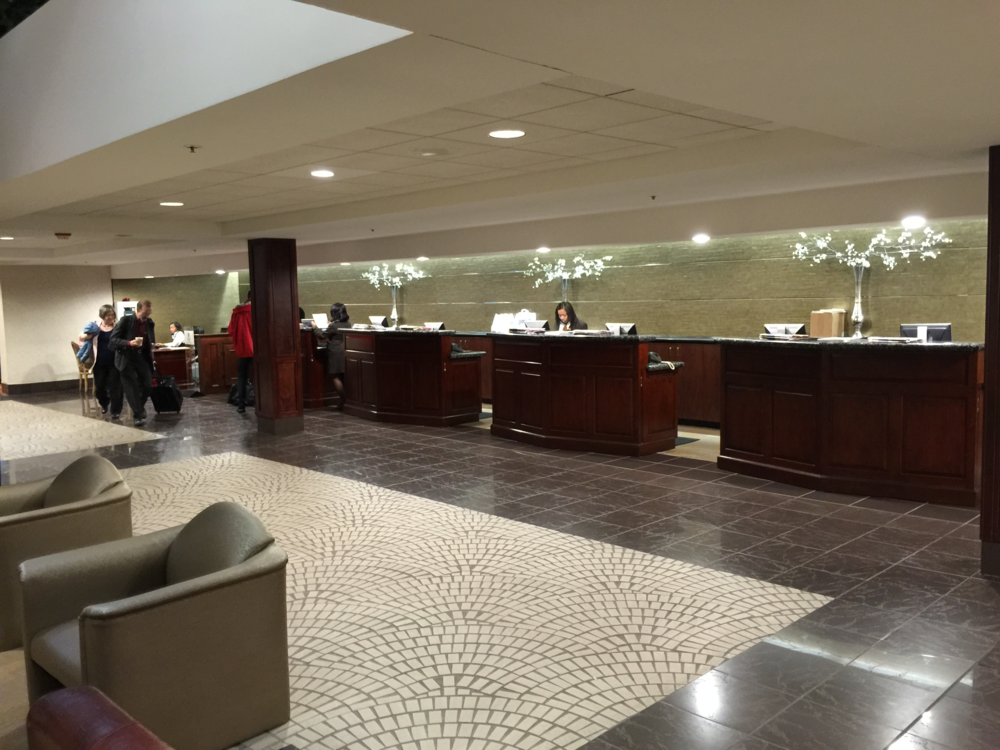 Registration features many check-in desks including a dedicated line for elite SPG members (click to enlarge)