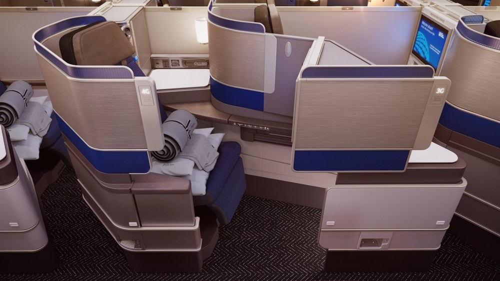 United Polaris business class seating   (Photo: United Airlines)