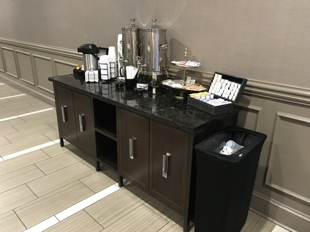 Lobby coffee station which was stocked all day  (click to enlarge)