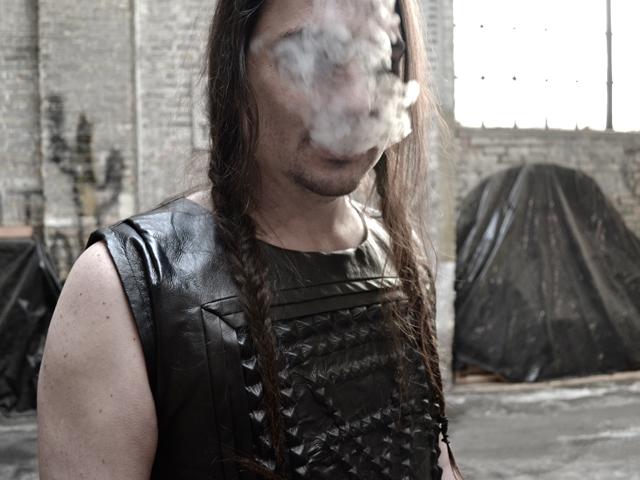 Web_Pauli_smoke.jpg