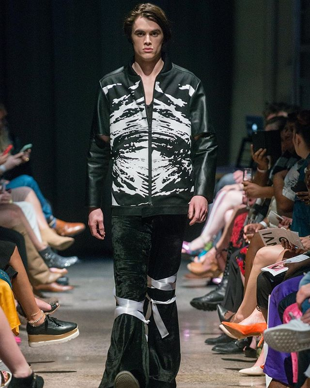 VOLCANIC KIMONO MOTO. VEHEMENT SS17 AT ENVISION SPRING 2017. @jlrsn @ignitemodels #FOF #FORMOVERFUNCTION #DESIGN #FASHION #RUNWAY #mnfashionweek #UNISEX #VOLCANO #SCREENPRINT #LEATHER