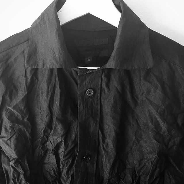 DECONSTRUCTED BUTTON UP IN BLACK. @ohbj95 #FOF #FORMOVERFUNCTION #VEHEMENT #ss17collection #UNISEX #BLACK #ONESEX #DESIGN #RTW #DECONSTRUCTION #FASHION #COUTURE #URBAN