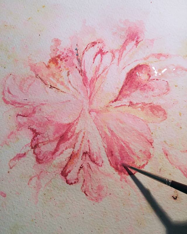 Floral work in progress....🌸🎨 . . . . . . . . . . #art #artist #flowerart #bouquet #keepsake #colourpop #detail #closeup #painterlife