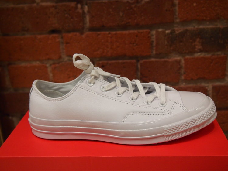 a697af16d0a2 Converse Chuck Taylor All Star  70 Mono Leather - White — global ...