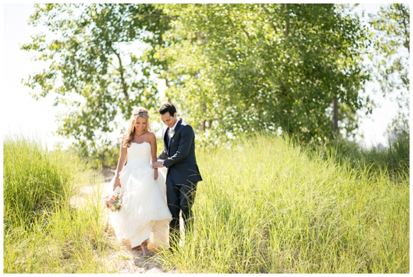Chicago-vera-wang-wedding-photography-Vivo-rustic-montrose_0022
