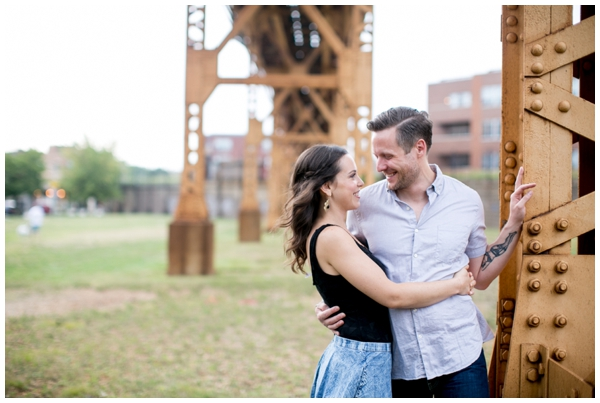 chicago-engagement-session-wicker park-L tracks-bloomingdale-skyline-southside_0002