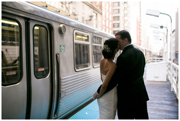 Chicago-CTA-wedding-photographer-documentary-kitchen_0015