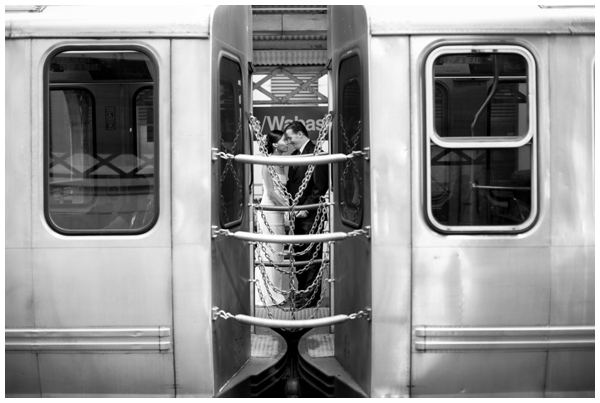 Chicago-CTA-wedding-photographer-documentary-kitchen_0020