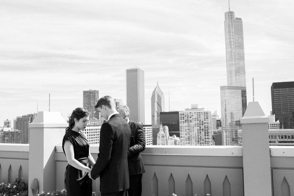 intimate-chicago-wedding-photojournalistic-006.jpg