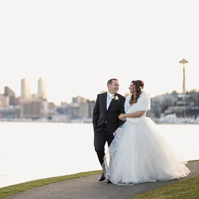 Enjoying the last bit of sunshine in 2017 with Jessica and Steven! They had an amazing NYE wedding so be prepared for a ton of party photos! . . . . .  #weddingseason #loveauthentic #rfwppi #seattle #theknot #pnw #brideandgroom #smpweddings #shesaidyes #realweddings #junebugweddings #weddingchicks #featuremeoncewed #stylemepretty #seattlebride #elopement #intimatewedding #greenweddingshoes #seattleweddingphotographer #pnwedding #seattlemet #seattlelife #pnwphotographer #pnwwedding #vscowedding #vsco #thatsdarling #seattlebridemag #seattlebride