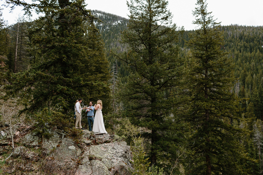 036-vail-elopement-photographer-chris-and-tara.jpg