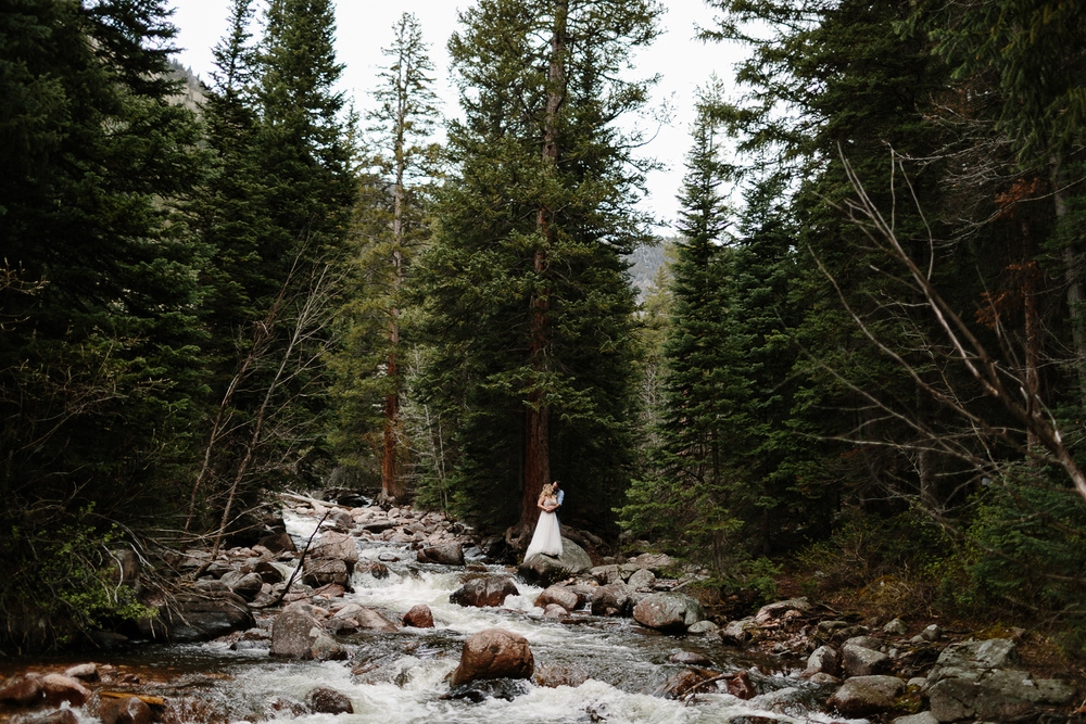 071-vail-elopement-photographer-chris-and-tara.jpg