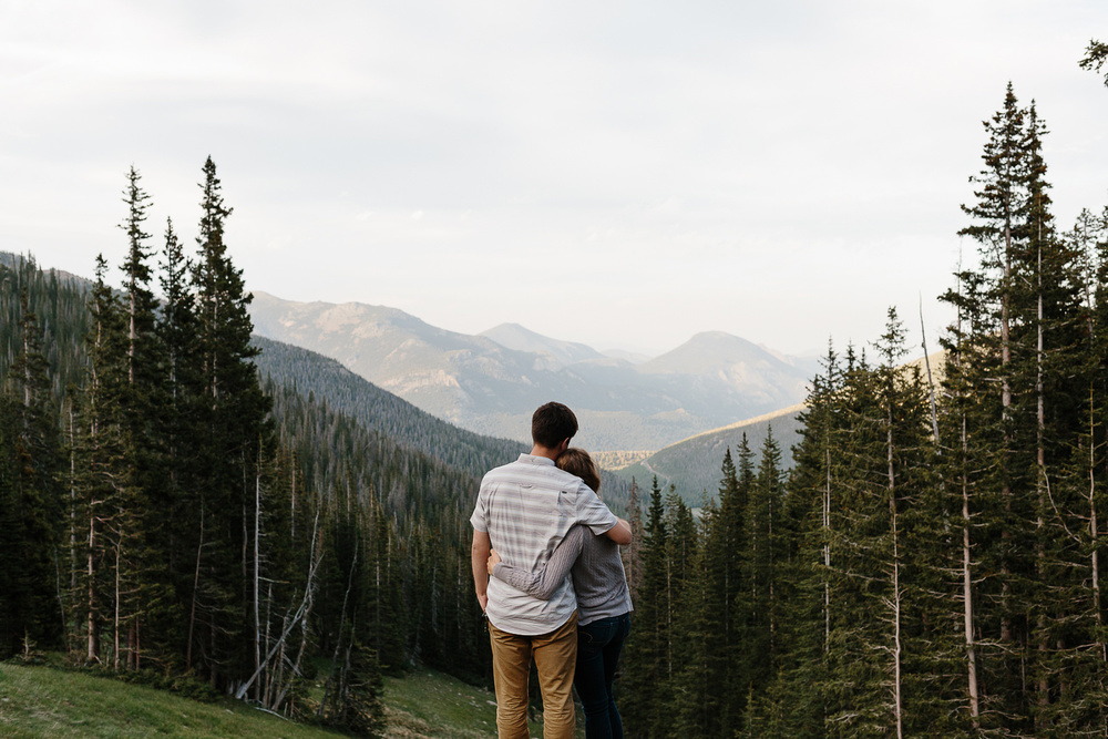 131-rocky-mountain-national-park-engagement-photographer-laurel-and-john.jpg