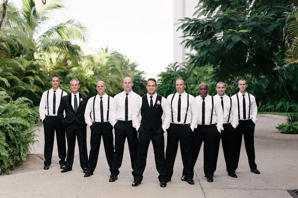 174-puerto-vallarta-wedding-groomsmen.jpg