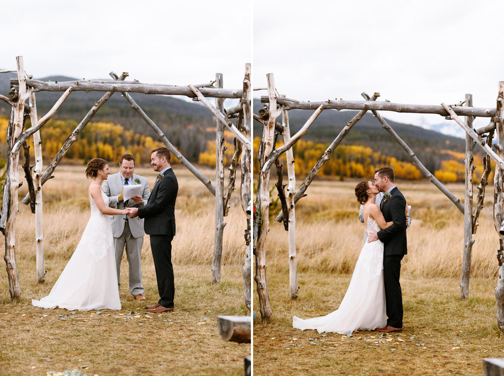 Winding-River-Ranch-Wedding-First-Kiss