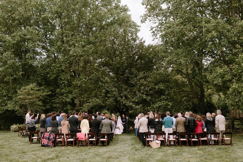 Annapolis-Maryland-Backyard-Wedding-Photographer-Hannah-Houston-36.jpg