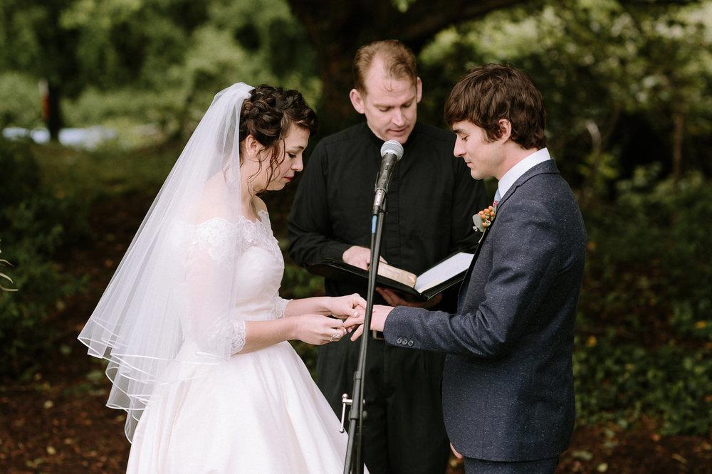Annapolis-Maryland-Backyard-Wedding-Photographer-Hannah-Houston-41.jpg