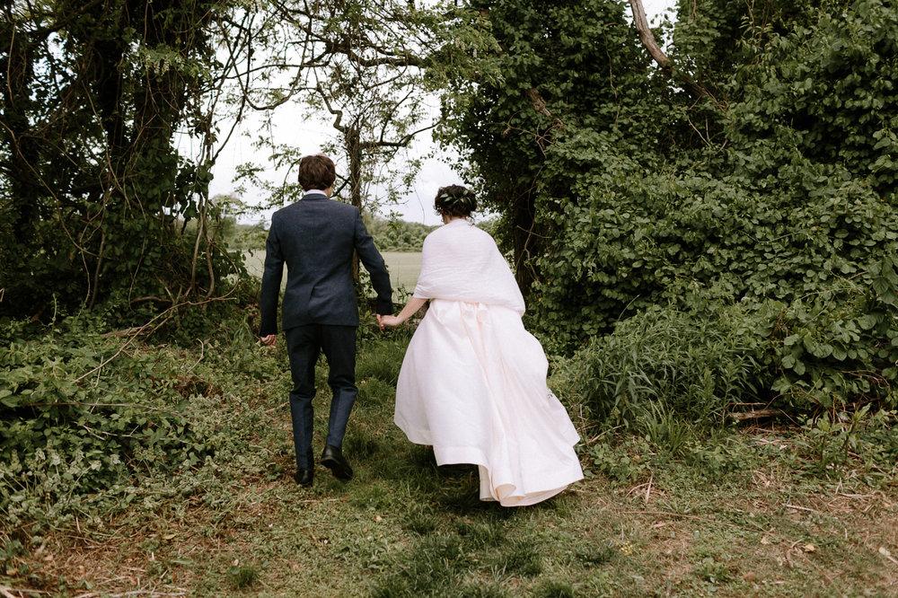 Annapolis-Maryland-Backyard-Wedding-Photographer-Hannah-Houston-63.jpg