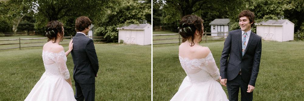 590-annapolis-maryland-backyard-wedding-photographer-hannah-houston.jpg