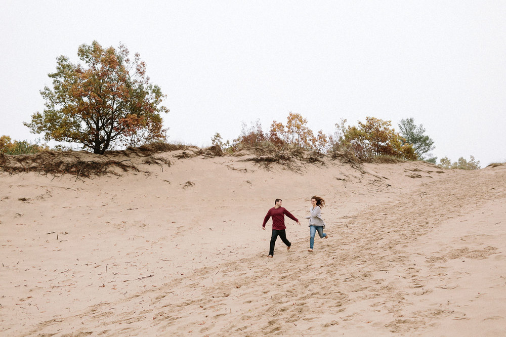 Saugatuck-Dunes-State-Park-Engagement-Session-Photographer-133.jpg