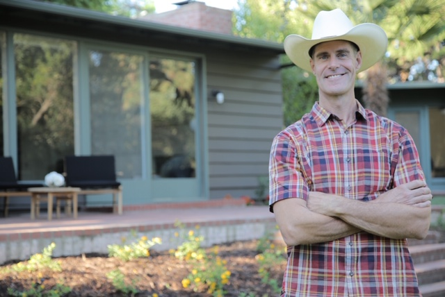 Brett Waterman, star of the HGTV and DIY Network hit series,     Restored  , will be a featured speaker.