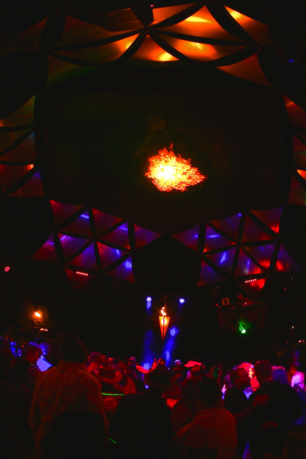 A packed house within Incendia's 50' dome.