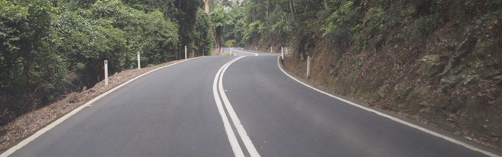 Down the pass into the infamous Kangaroo Valley