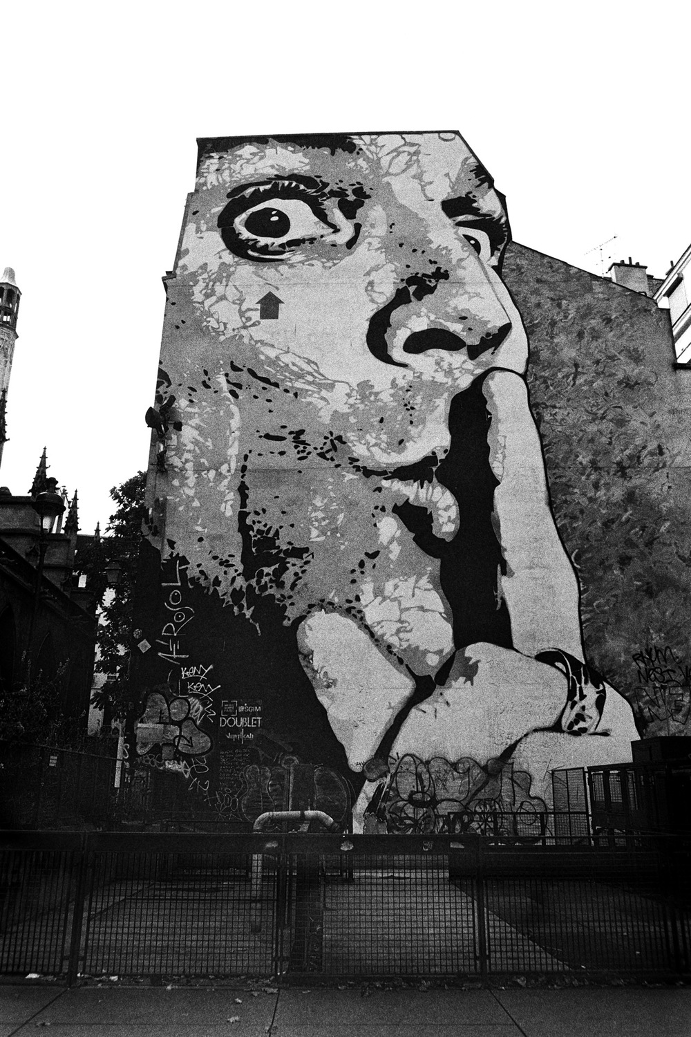 Paris (3) Grafitti.jpg