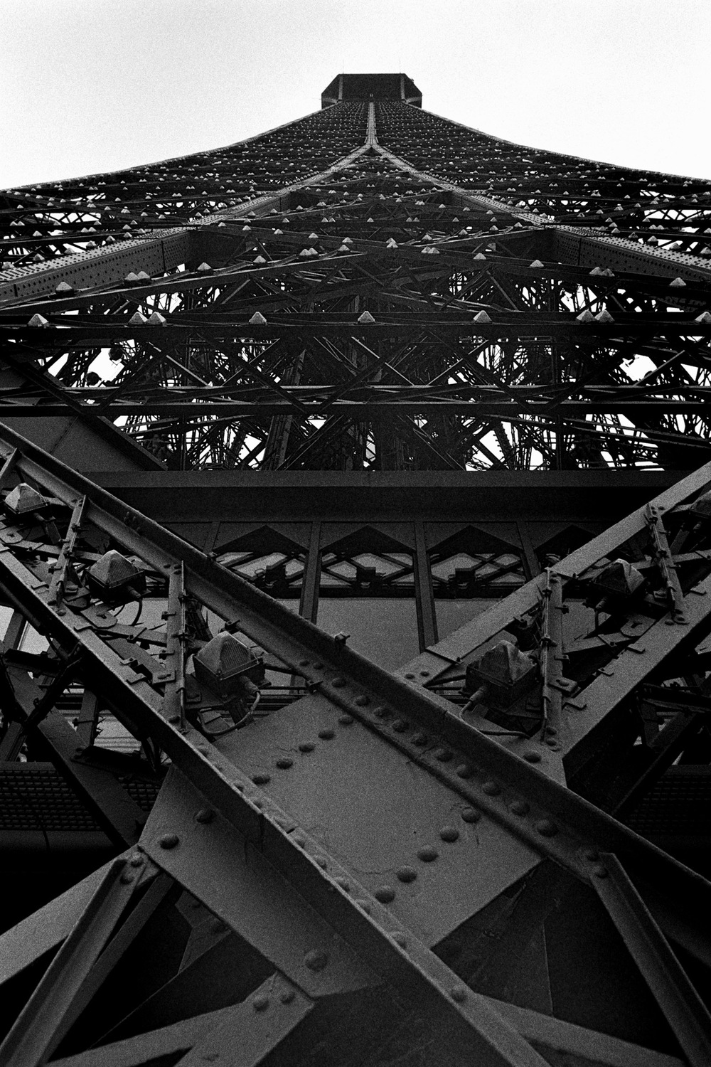 Paris (6) Eiffel Tower Detail.jpg