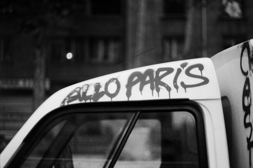Paris (14) Allo Paris Grafitti.jpg