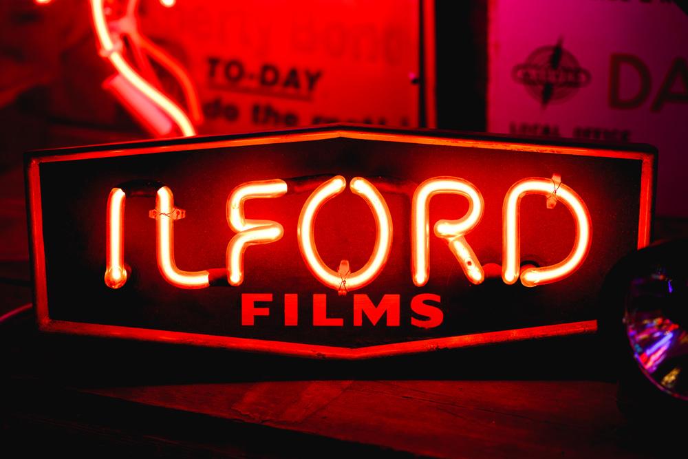 Andrew Wilson Photography God's Own Junkyard London Neon (30).jpg