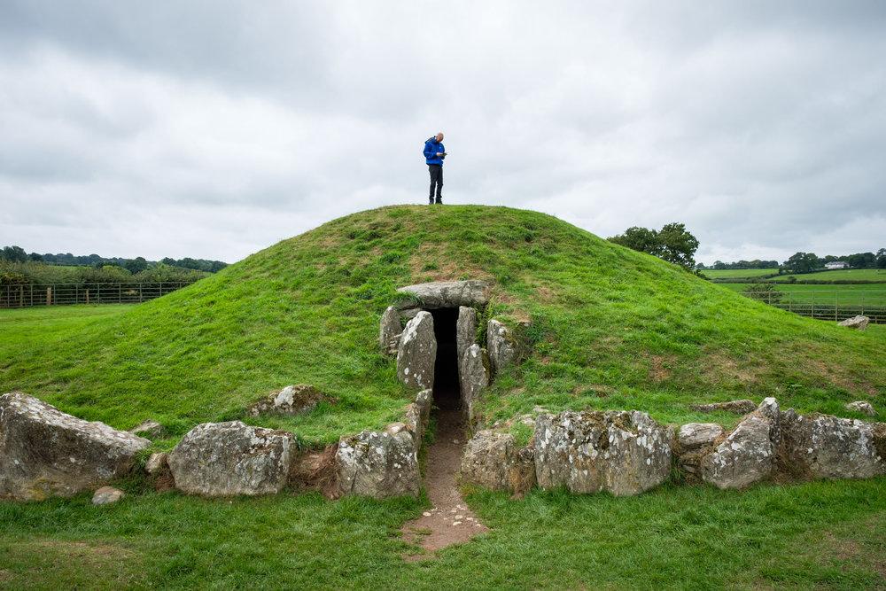 The Bryn Celli Ddu burial chamber at Llanddaniel Fâb…