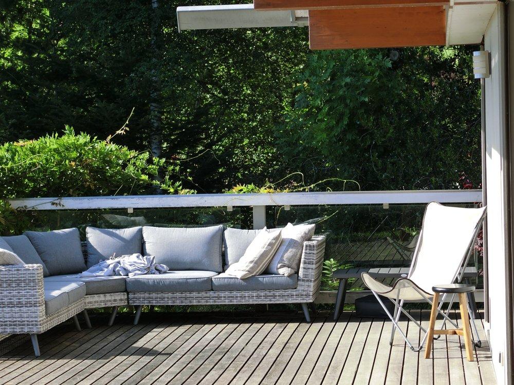 Verel House  outdoor seating.jpg