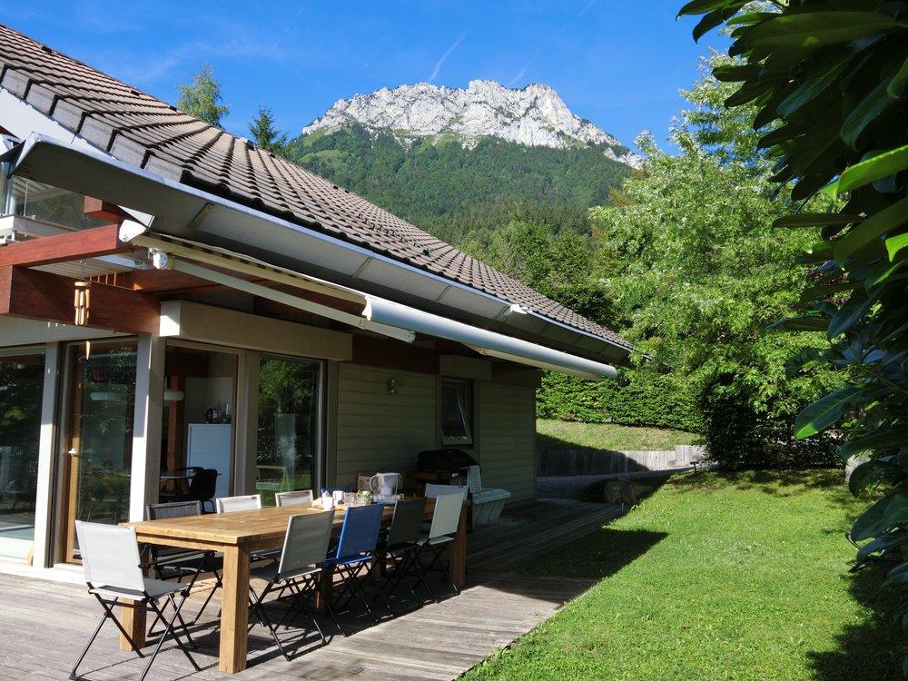 Verel House Outdoor dining.jpg