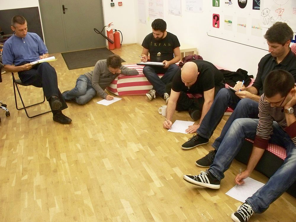 The best way to experience an experience is to experience it! Talking about creativity is not enough. Our workshop was full of games and practical exercises to trick the mind into being open and creative.