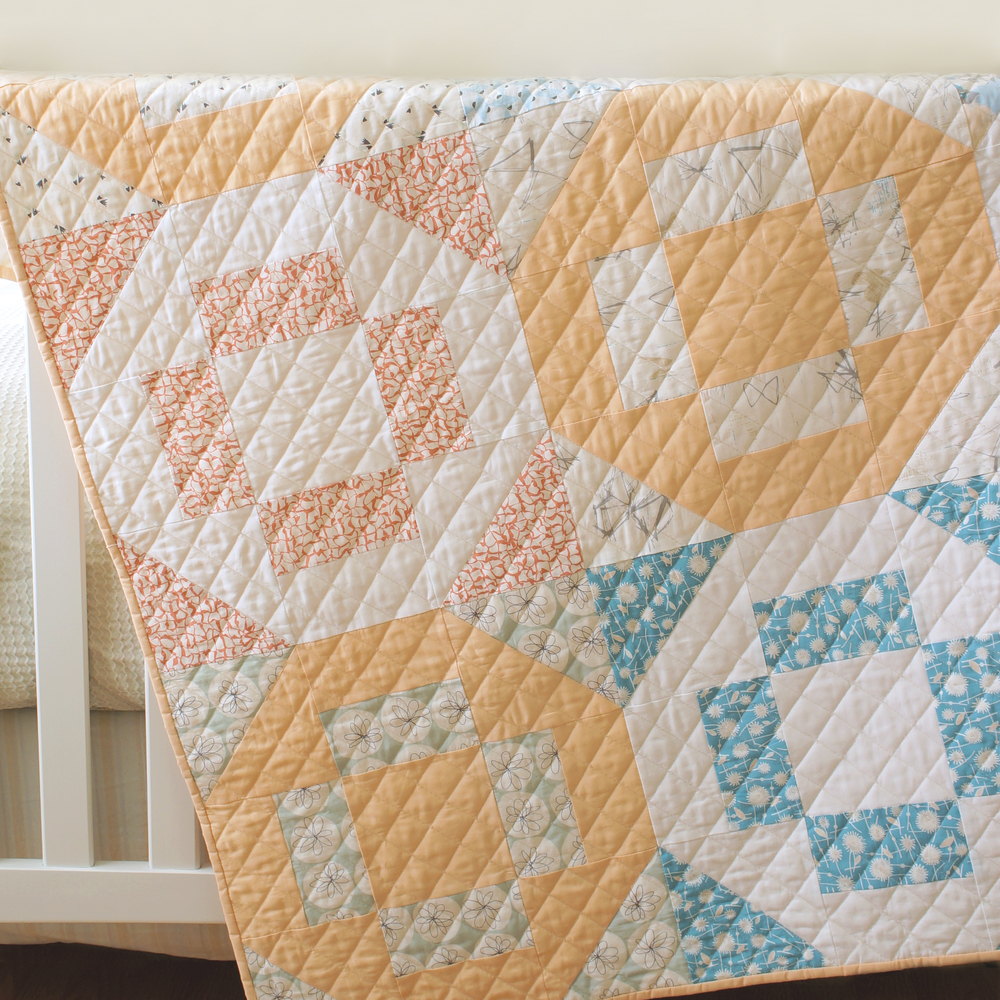 Hugs and Kisses crib quilt