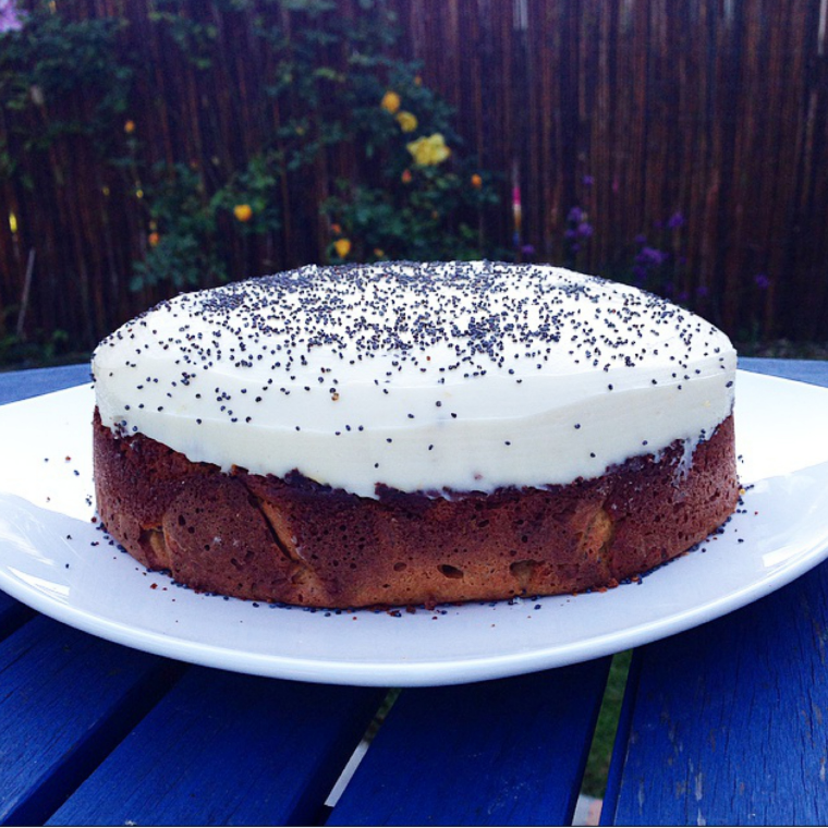 Healthy orange and poppy seed cake