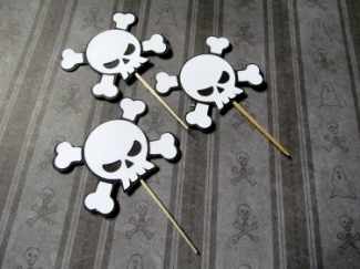 Skull and Crossbone Cupcake Toppers