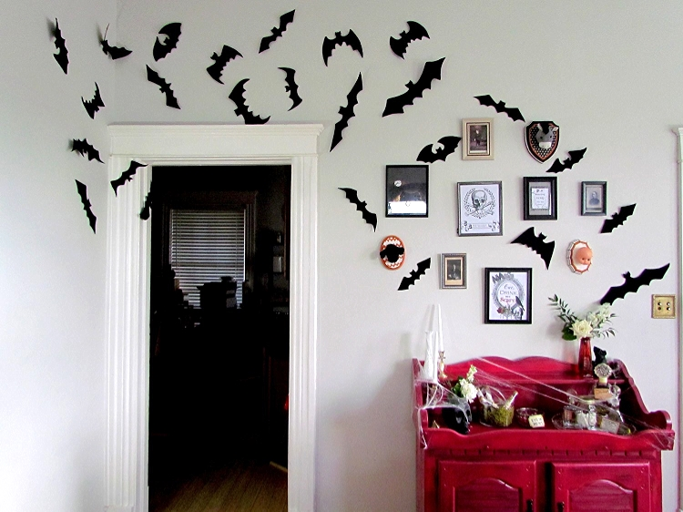 Halloween Gallery Wall75