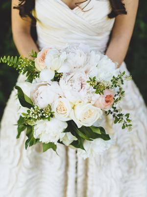 Lisa-Gabriel-Style-Me-Pretty-Pearl-Bridal-House