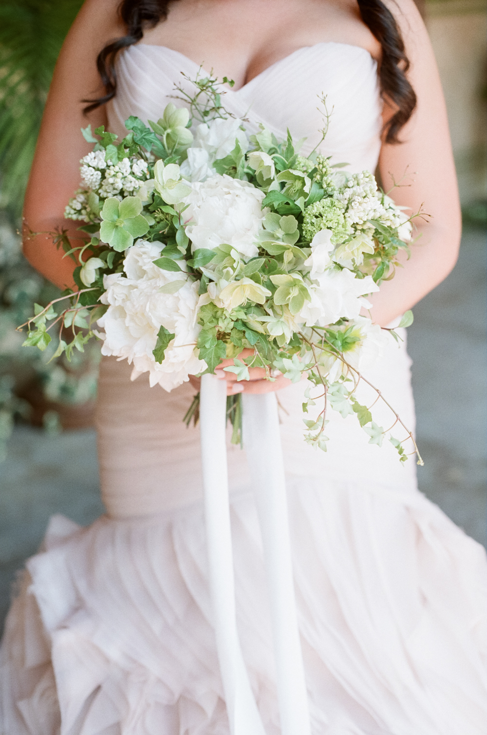 houston-bridal-session-film-photographer-white-bouquet-college-park-flowers-christine-gosch-03.jpg